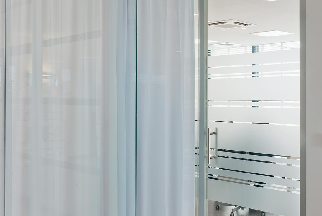 Glazen Binnendeuren Prijzen.Lauryssens Gamma Glazen Deuren