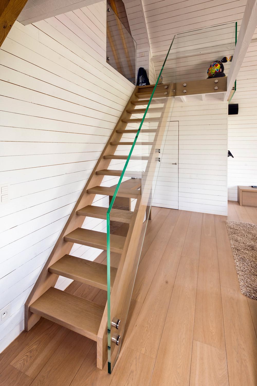 Lauryssens gamma trappen for Hout voor traptreden